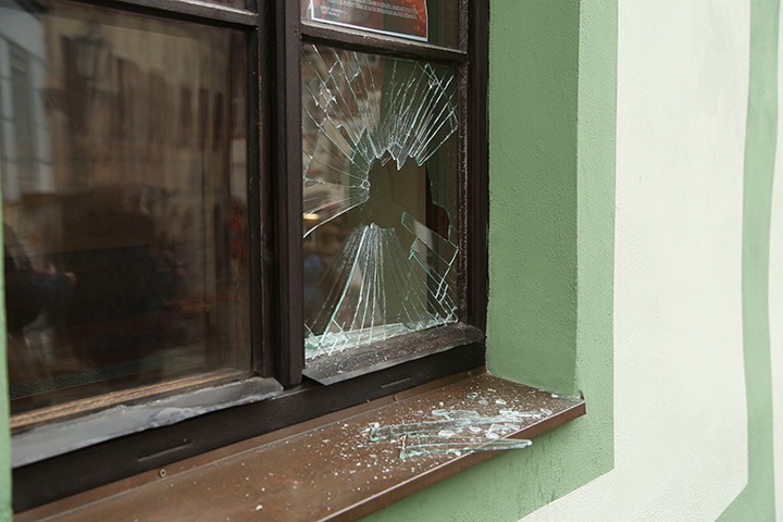 A2B Glass are able to board up broken windows while they are being repaired in Anerley.